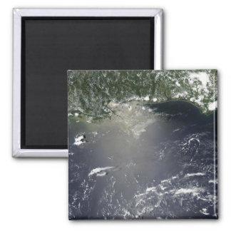 Aimant Vue satellite de la fuite d'huile