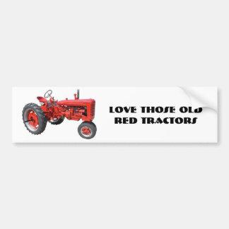 Aimez ces vieux tracteurs rouges autocollant de voiture
