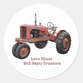 Aimez ces vieux tracteurs rouillés autocollant rond