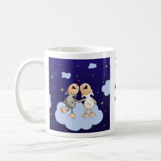 Aimez-vous à la lune et aux séries arrières mug
