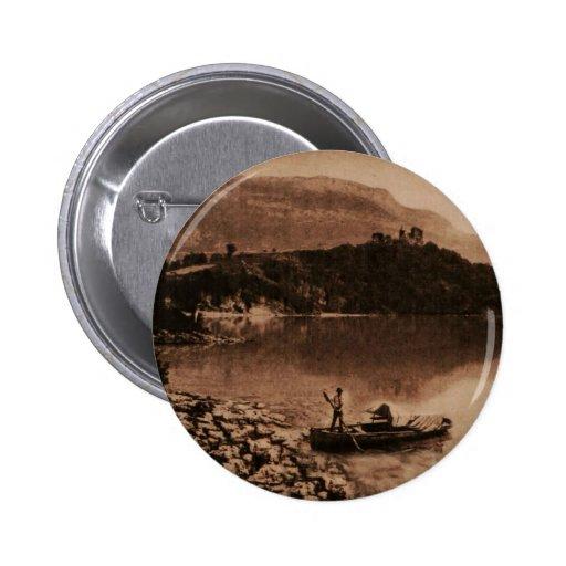AIX-LES-BAINS - Lac de Bourget Pin's Avec Agrafe