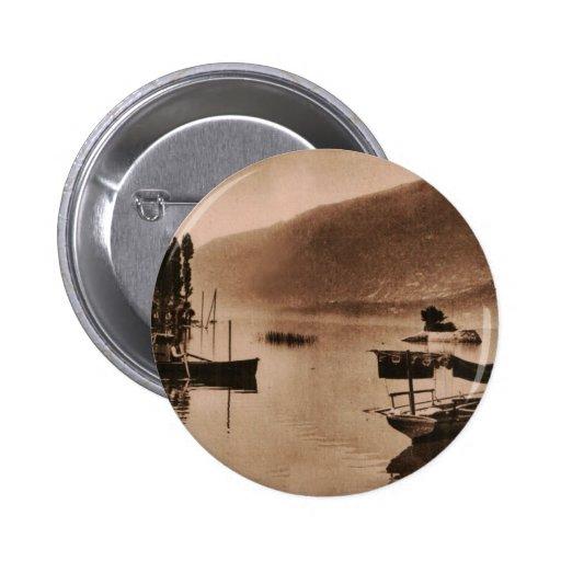 AIX-LES-BAINS - Le Lac du Bourget Badge