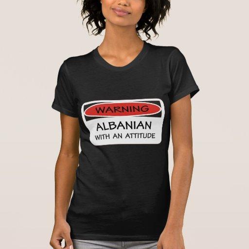 Albanais d'attitude t-shirts