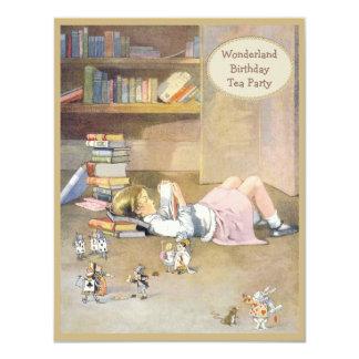 Alice au thé d'anniversaire du pays des merveilles carton d'invitation 10,79 cm x 13,97 cm
