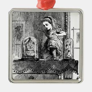 Alice dans un miroir ornement carré argenté