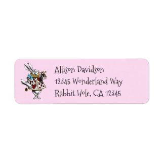 Alice de charme chez le lapin de blanc du pays des étiquettes d'adresse retour