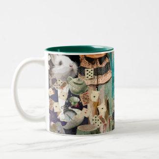 Alice en collage du pays des merveilles mug bicolore