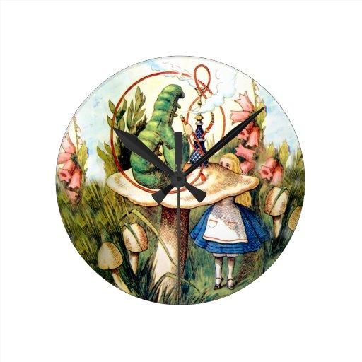 Alice et Caterpillar au pays des merveilles Pendules Murales