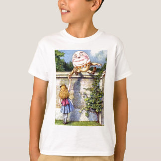 Alice et Humpty Dumpty au pays des merveilles T-shirt