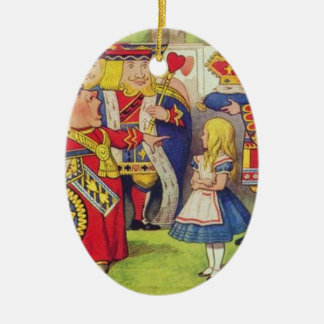 Alice et la reine des coeurs ornement ovale en céramique