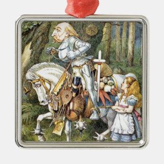 Alice et le chevalier blanc ornement carré argenté
