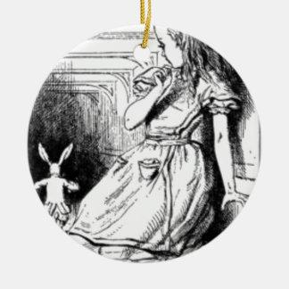 Alice et le lapin blanc ornement rond en céramique