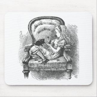 tapis de souris alice au pays des merveilles. Black Bedroom Furniture Sets. Home Design Ideas