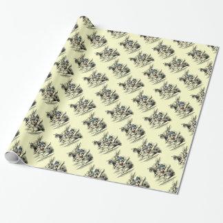 Alice vintage dans l'enveloppe blanche de lapin du papier cadeau