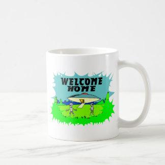 Aliens à la maison bienvenus mug blanc