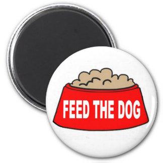 Alimentation rouge de bol d'aliments pour chiens magnet rond 8 cm