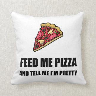 Alimentez-moi la pizza assez oreillers
