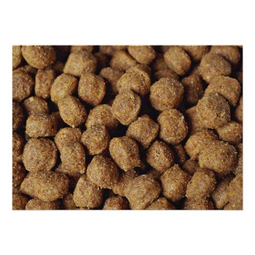 Aliments pour chiens invitations