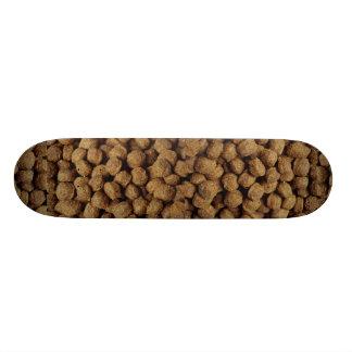 Aliments pour chiens planches à roulettes