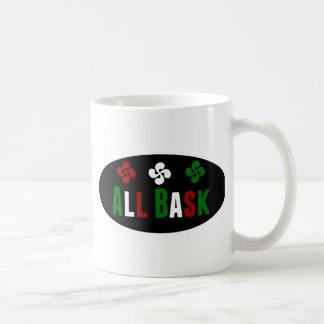 All Bask avec la coix Mug Blanc