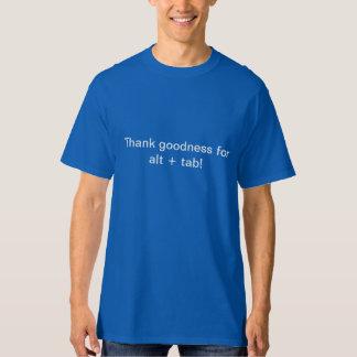 Alt + T-shirt d'étiquette