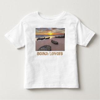 Amants de plage - thème de saison d'été t-shirt pour les tous petits