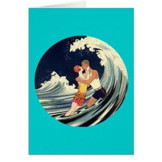 Amants de surfer embrassant l'illustration vintage carte de vœux