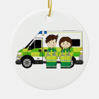 Ambulance de bande dessinée et EMT Ornement Rond En Céramique