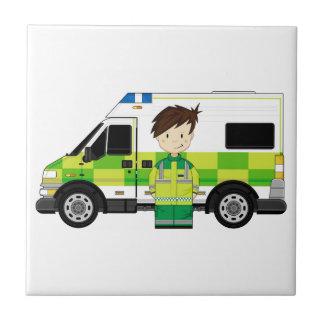 Ambulance mignonne de bande dessinée et EMT Petit Carreau Carré