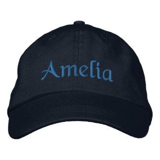 Amelia a personnalisé le bleu brodé de casquette