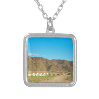Aménagez le désert en parc à Almeria, Andalousie, Pendentif Carré