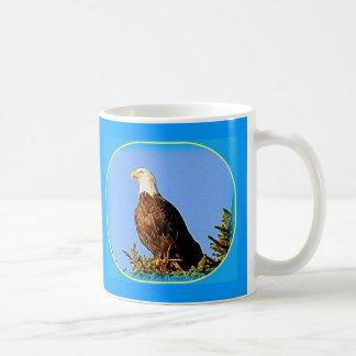 AMÉRICAIN EAGLE EN ALASKA MUG