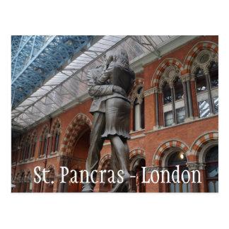 Amour à Saint-Pancras - à Londres Carte Postale