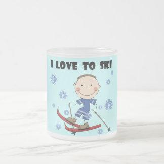 Amour au ski - T-shirts et cadeaux de garçon Tasse Givré