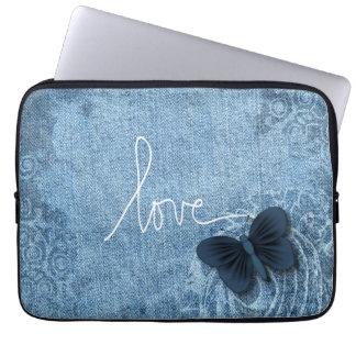 Amour bleu de papillon de denim housse pour ordinateur portable