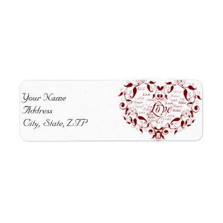 Amour dans toute langue dans l'étiquette de étiquettes d'adresse retour