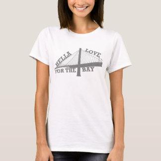 Amour de Hella pour le T-shirt de baie