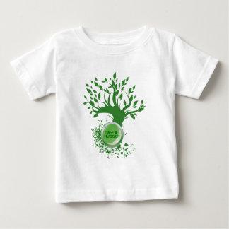 Amour de Hugger d'arbre T-shirts
