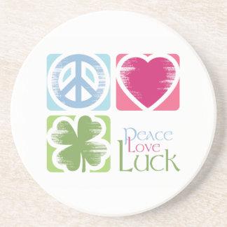 Amour de paix et caboteur irlandais de grès de cha dessous de verre en grès
