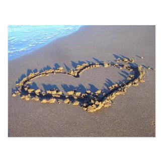 Amour de plage carte postale