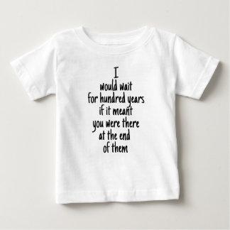 Amour inachevé t-shirt pour bébé
