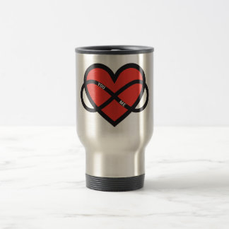 amour interminable, coeur rouge avec le signe mug de voyage