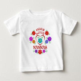 Amour Nannas d'étreintes T-shirt Pour Bébé