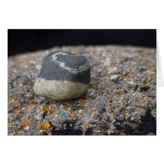 Amour réglé dans la pierre. Carte par le cARTerART