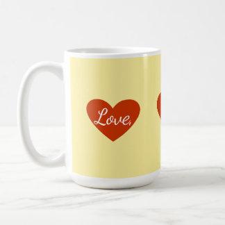Amour rouge de coeur personnalisable mug