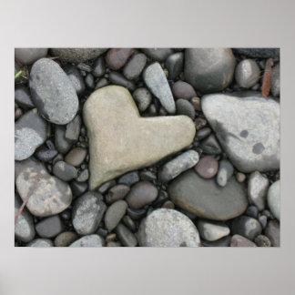 Amour sur les roches posters