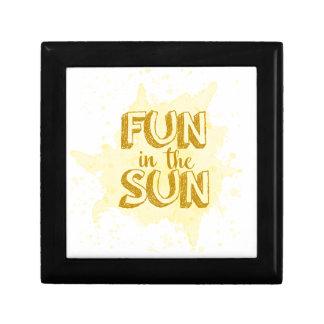 Amusement au soleil petite boîte à bijoux carrée