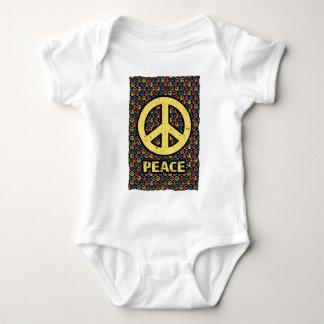 Amusement d'harmonie de guerre de paix de t-shirt