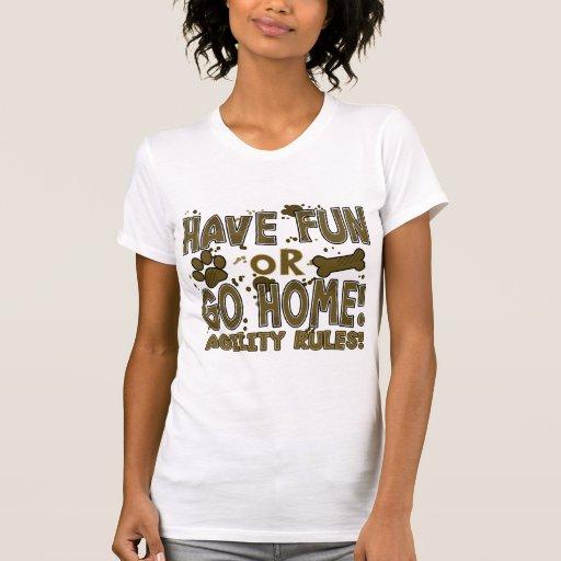 Amusement ou T-shirt à la maison de dames d'agilit