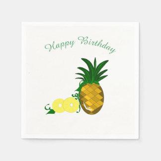 Ananas avec des anneaux serviettes en papier